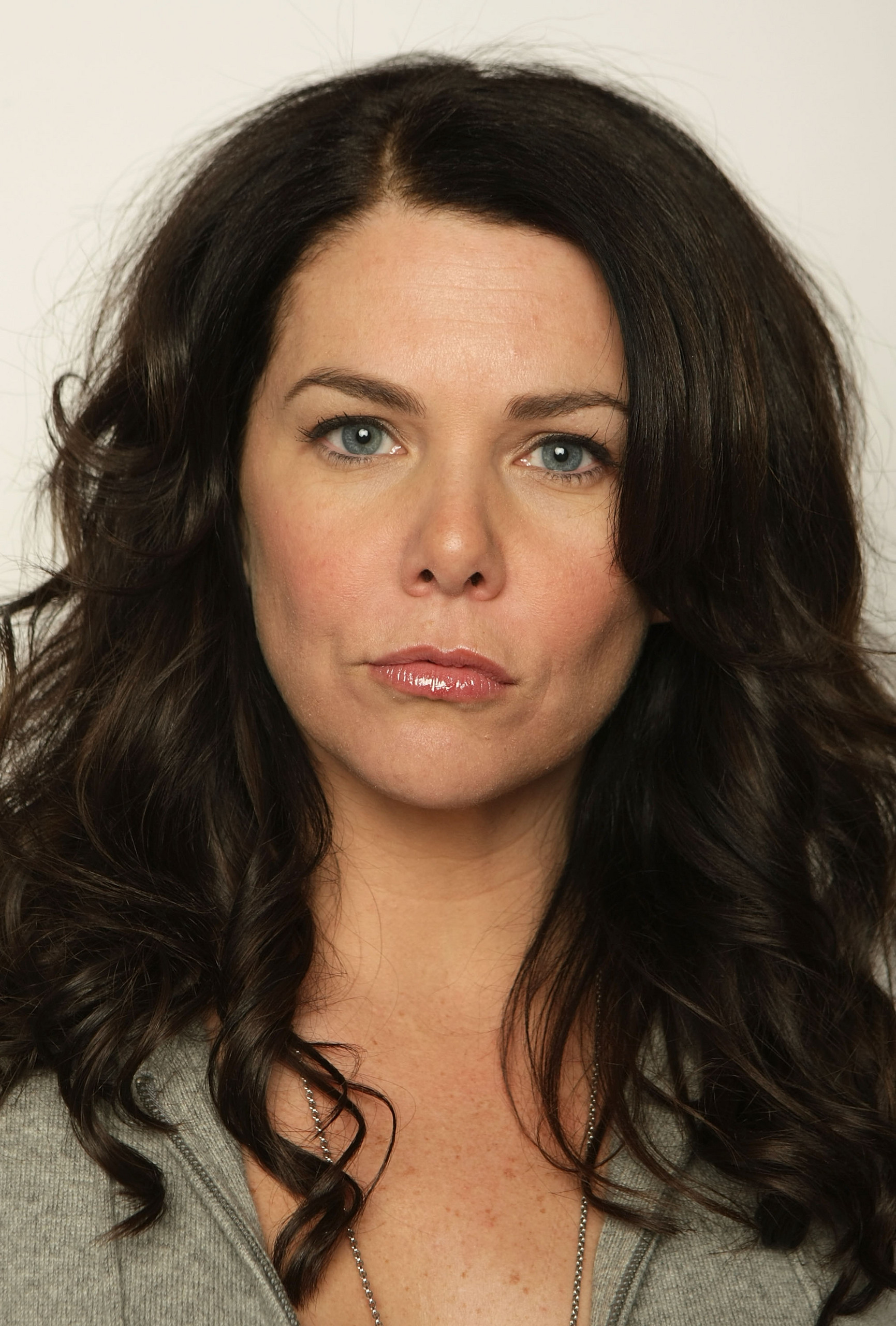 Hd Wallpapers 1080p Widescreen Cars Lauren Graham Wallpapers High Quality Download Free