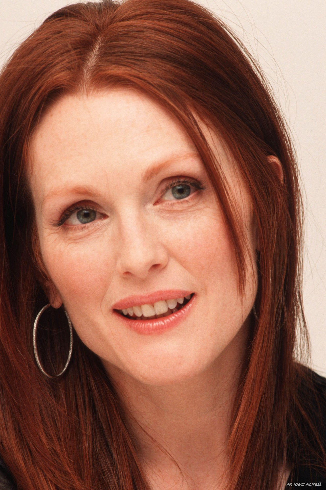 Michael Jackson Hd Wallpapers For Iphone 6 Julianne Moore Wallpapers High Quality Download Free