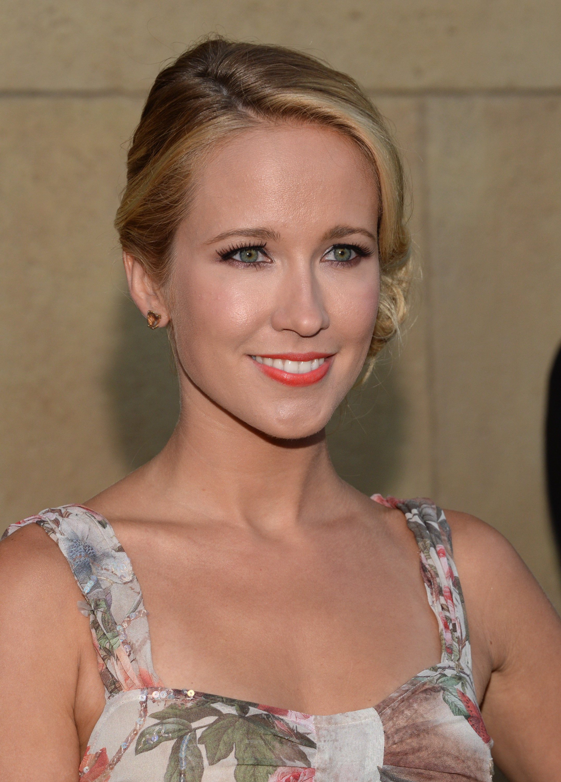 Full Hd Wallpaper Pack Free Download Anna Camp Wallpapers High Quality Download Free
