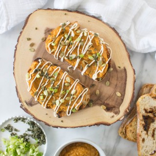 Grilled Pumpkin Toasts with Brown Butter Crema & Toasted Pepitas | yestoyolks.com