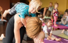 ©TheCameraCottageLLC_PittsburghBabyPhotographer_YogaInnovations_008