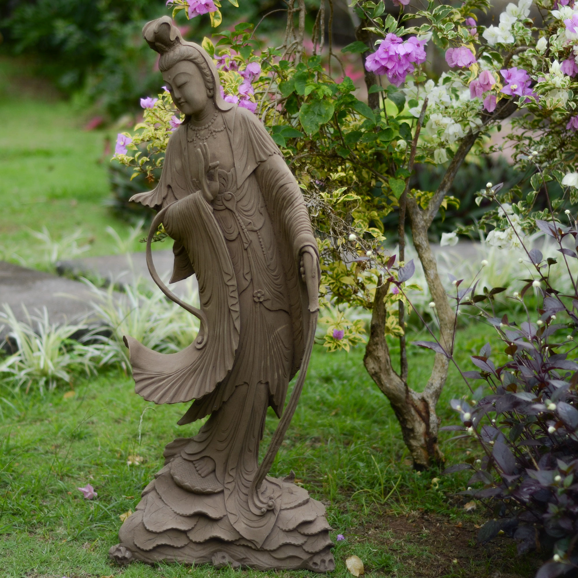 Home Garden Statues Elevate The Look Of Your Garden With Garden Statues