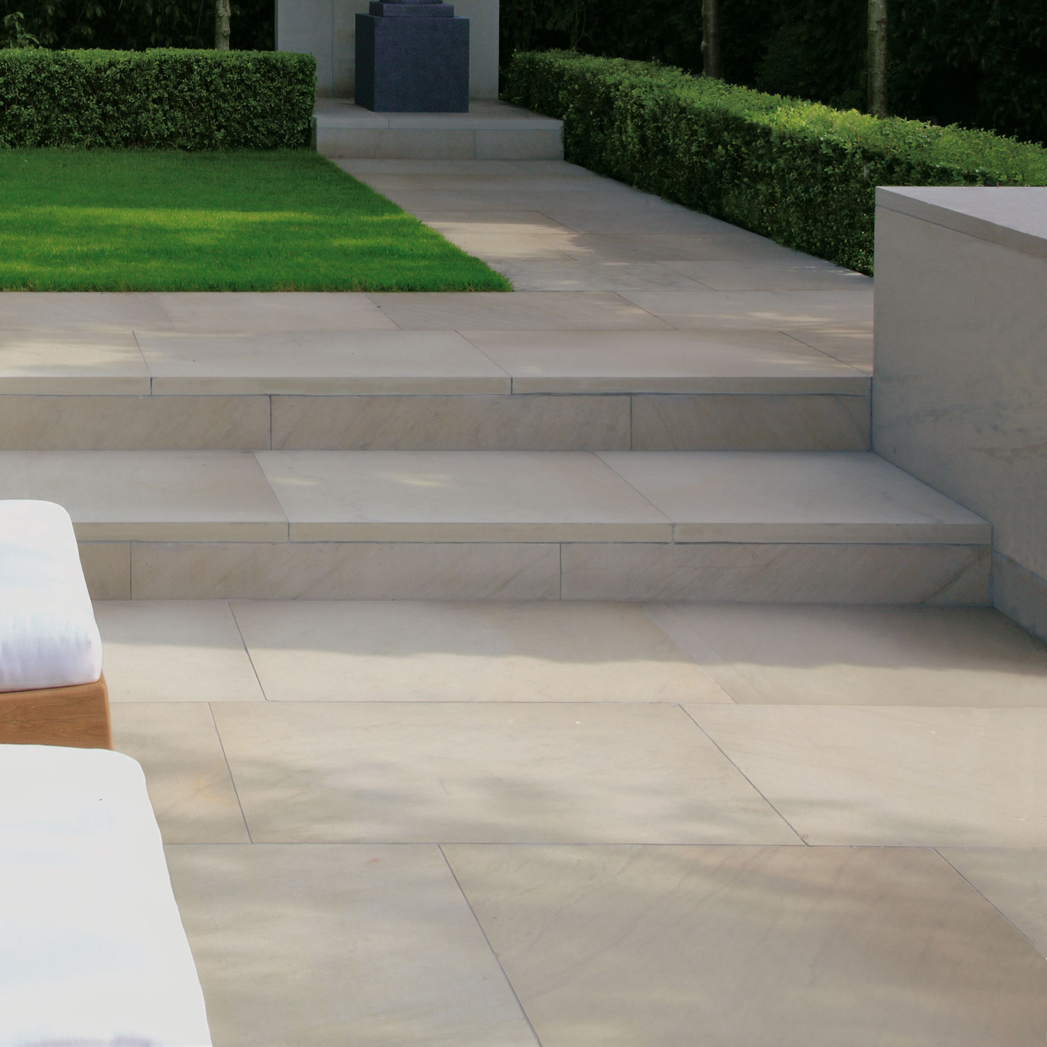 Cash Pool Jura Revamping Your Home With Patio Slabs Yonohomedesign