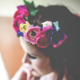 Ranunculus Flower Crown - Photo Silvery Moon Photography
