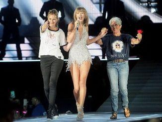 Julia Roberts Bailarina en un Concierto de Taylor Swift