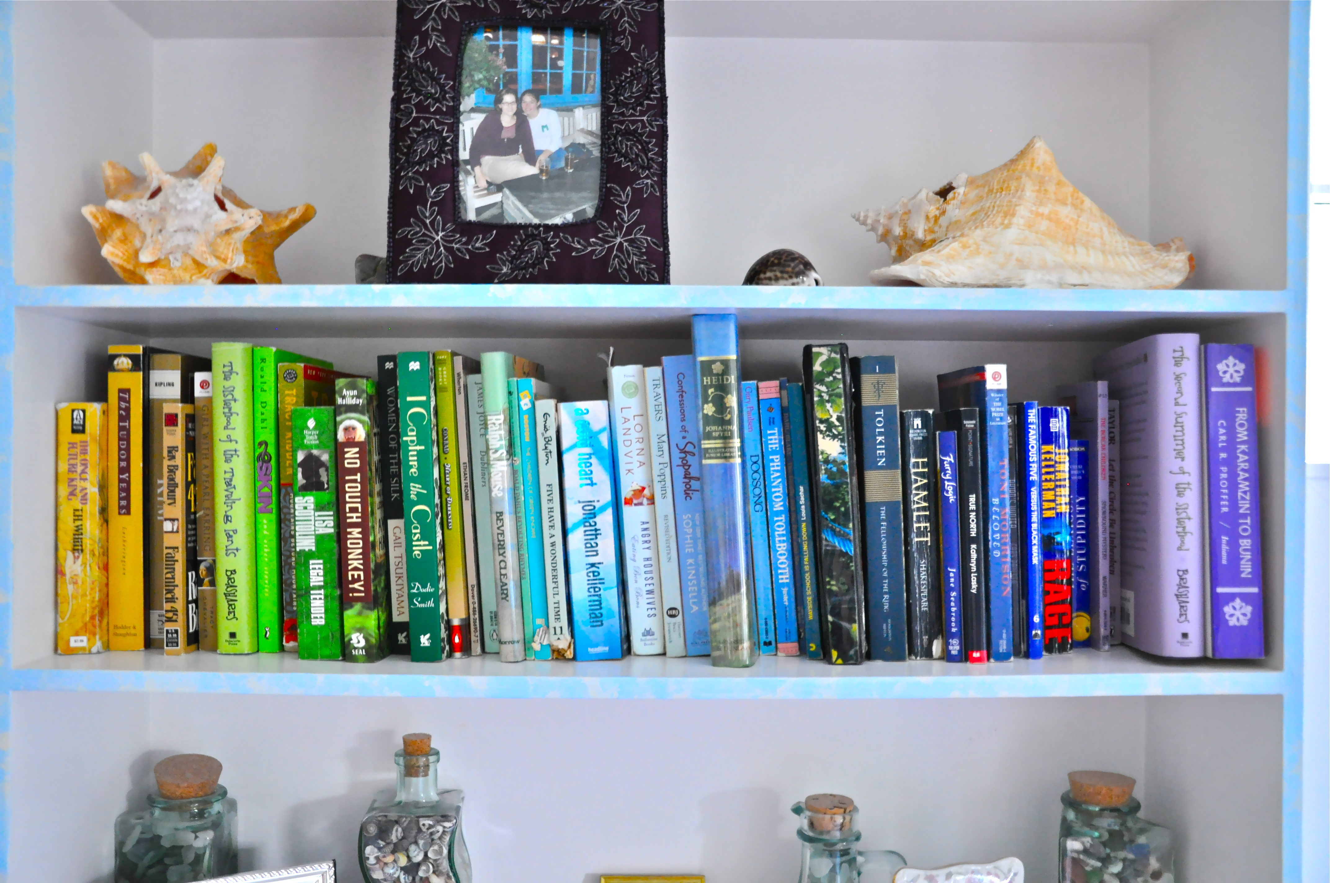Cheap Bookshelf Diy Chic And Cheap Bookshelf Tips Youngdcliving