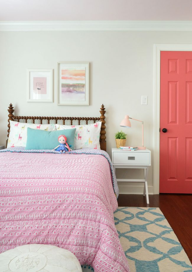 Beds For 10 Year Olds Who Puts An 100-year-old Bed In A Little Girl's Room? Um