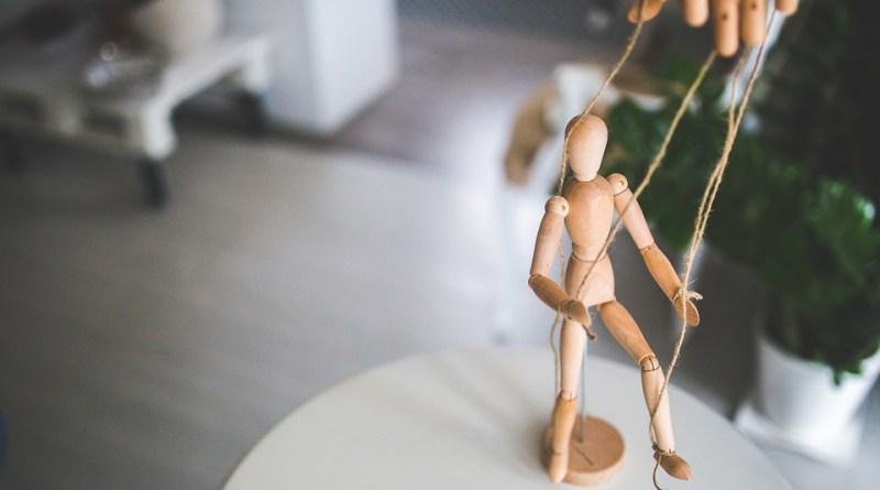 wooden-mannequin-791720_960_720