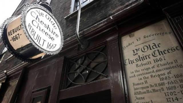 ye-olde-cheshire-cheese-1f0f862a26de7b458633f4e5813aeb87