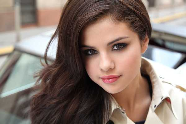 selena gomez reveals reasons for spending time at rehab