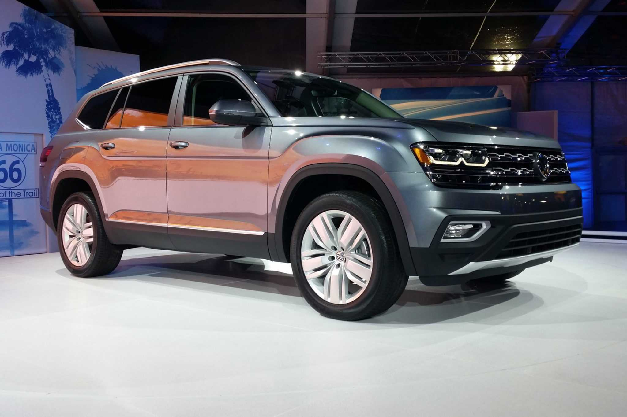 Volkswagen Unveils New Atlas SUV