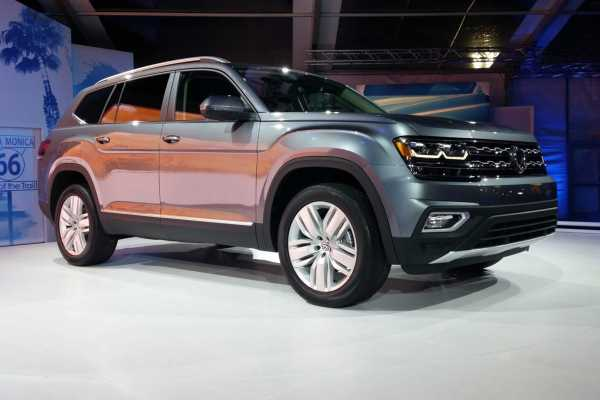 2017 volkswagen atlas revealed a 7 seater suv for the u s buyers. Black Bedroom Furniture Sets. Home Design Ideas