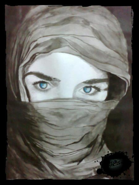 woman-blue-eyes-veil