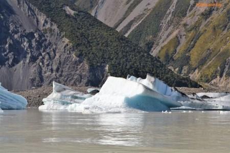 Glaciers and Tasman Lake