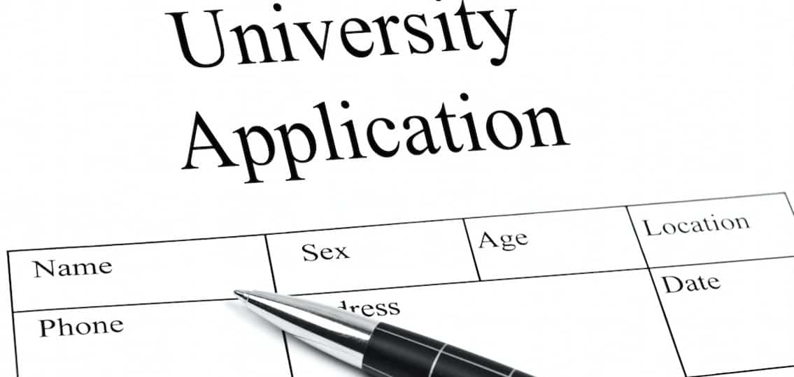 5 Quick Tips for Filling Out the College Application Form