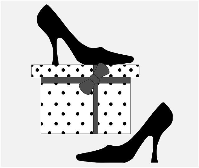 shoes-902200_640