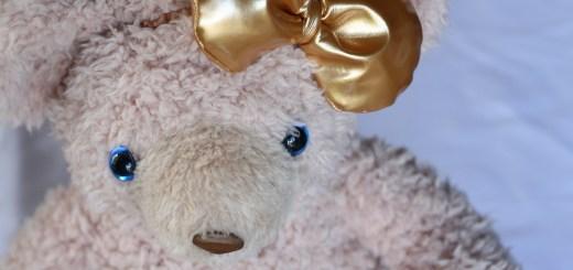 シェリーメイの金色リボン