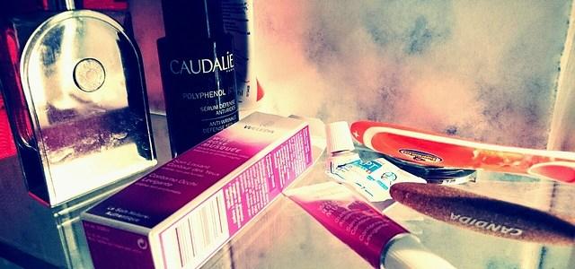 cosmetics-825092_640