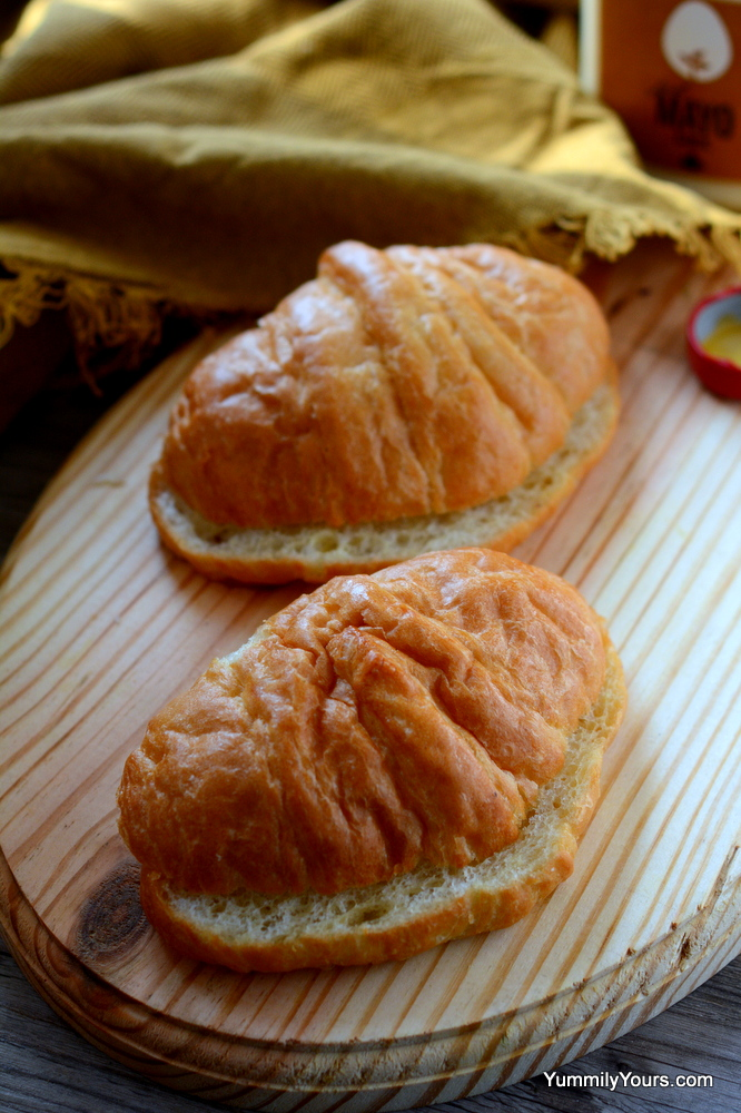Buttery croissants filled with a deliciously smooth egg salad tossed in a mango flavored mayo