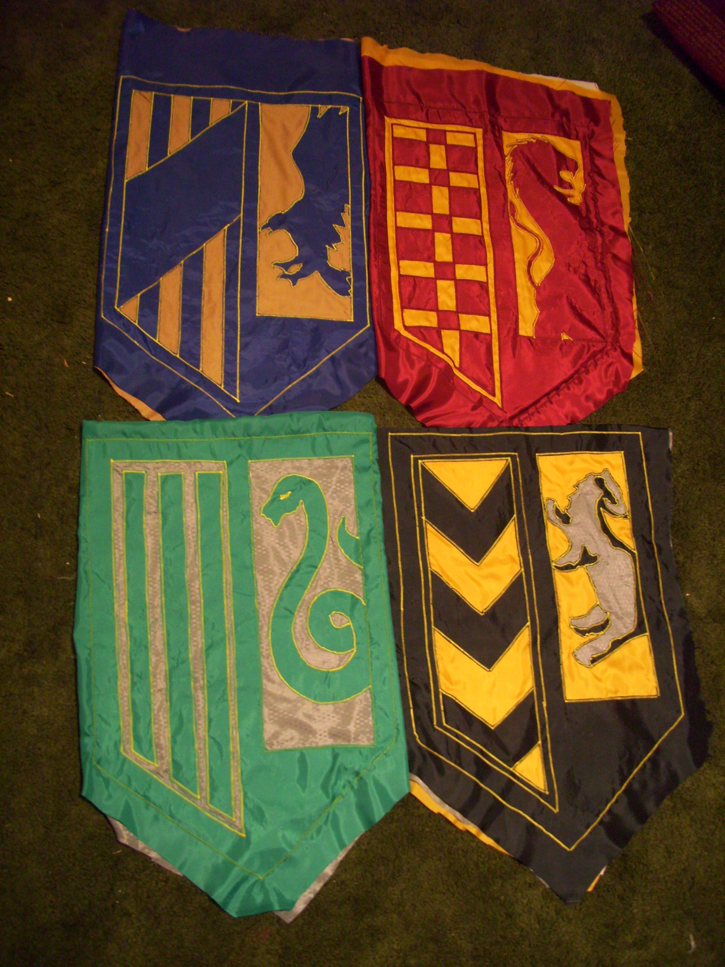 Harry Potter Wallpapers Hd For Desktop House Banners Hogwarts Yummycheffarley