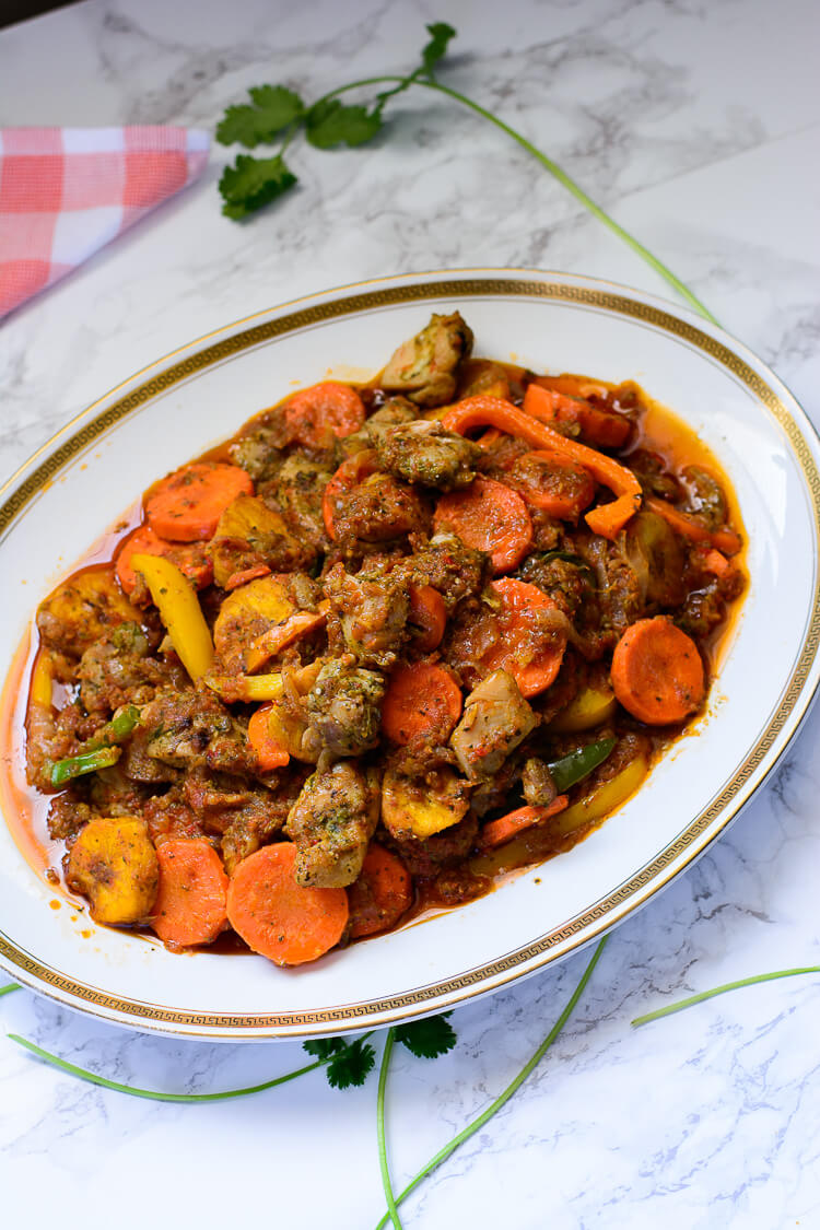 Cuisine Camerounaise Cameroun Poulet Dg Chicken For Director General