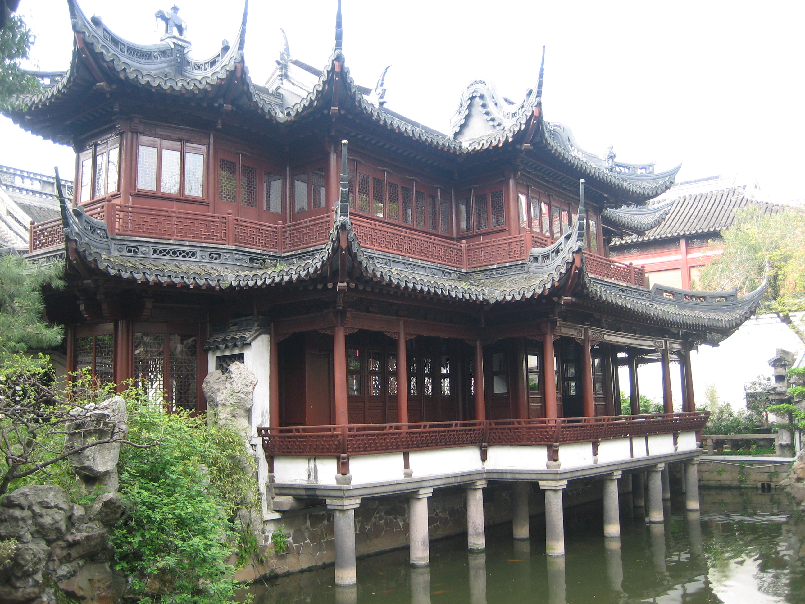Giardino Yuyuan Yuyuan Garden Ancient Chinese Architecture In Old City Shanghai