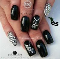 Top 10 Black Nail Designs - Yve Style
