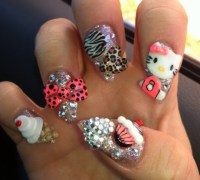 15 pretty Hello Kitty nail designs - Yve Style