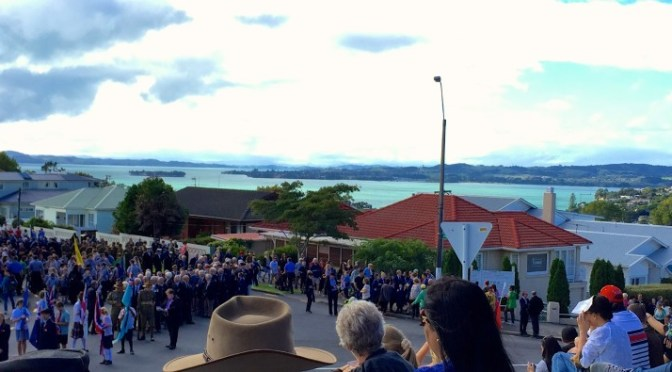 The Howick Anzac Parade via ZaagiTravel.com