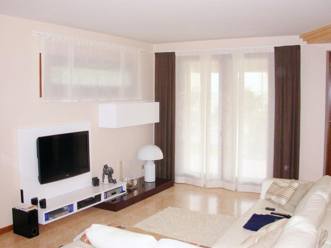 Tende Soggiorno Bianche : Tende soggiorno bianche e nere tende oscuranti nere con orlo