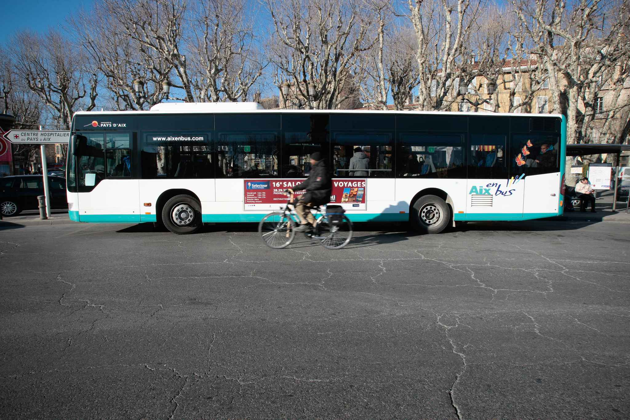 Aix Salon Bus Vos Déplacements En Bus Azalee I Association Zone D