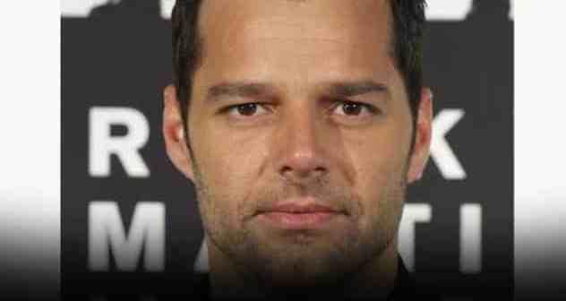 Ricky Martin Twitter featured