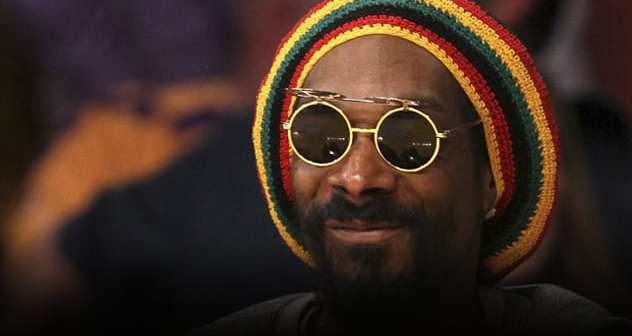 Snoop Dogg As Snoop Lion featured