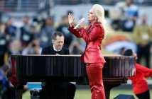 lady-gaga-performing-at-super-bowl-50-halftime-show