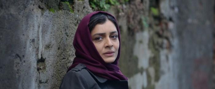 Wassergöttin unter Männern – Ida Panahandehs «Nahid»