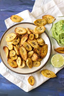 Awesome Creamy Guacamole Zena Zaatar Air Fryer Fried Plantain Chips Plantains Guacamole Lime Chili Avocadogarlic Vegan Vegetarian Snack Easy Healthy Air Fryer Plantain Chips
