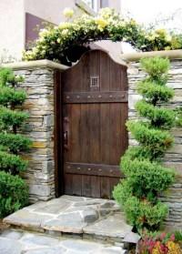 Gartentor Holz - rustikales vs. modernes Design - Garten ...