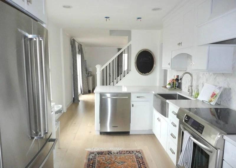 Ikea Küche Fronten Farben | Highboard Weiß, Hochglanz ...