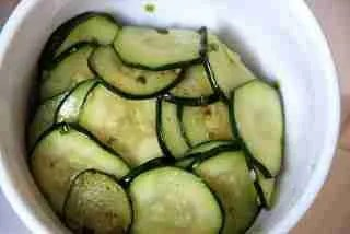 Fried Seasoned Zucchini (호박볶음 hobak bokkeum)