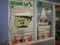 100+ Creative Halloween Window Displays, Ideas & Designs ...