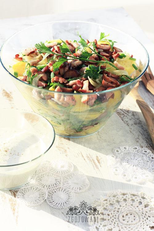 salatka-ziemniaczana-z-boczkiem-i-cebula-1