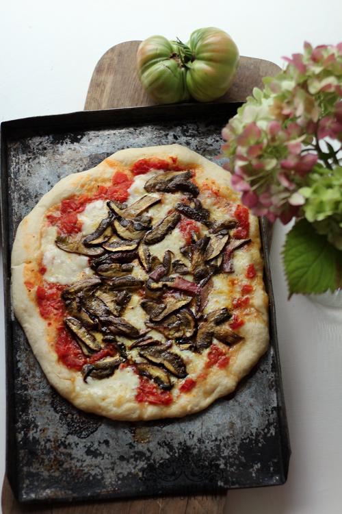 pizza-z-lesnymi-grzybami-7
