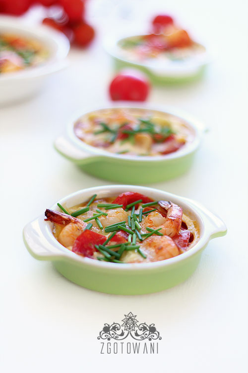 fritatta-z-krewetkami,-pomidorkami-i-serem-mozzarella-3