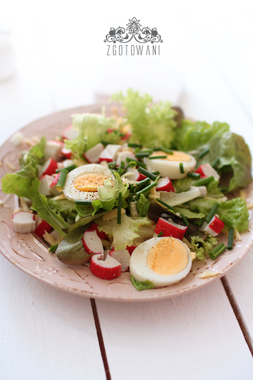 salatka-z-surimi-i-jajkiem-8