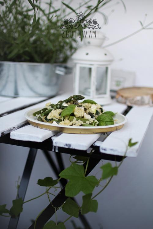 kasza-jaglana-ze-szparagami,-cukinia-i-mozzarella-4