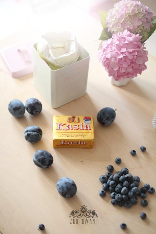 szybkie-ciasto-z-owocami-3