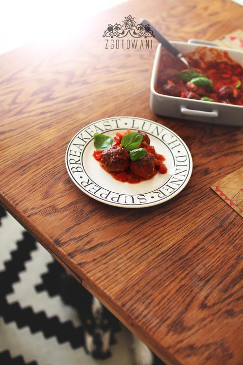 wolowe-pulpeciki-w-sosie-pomidorowo-paprykowym-5