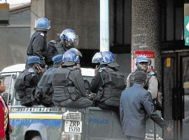 Police raid MDC HQ, 15 arrested