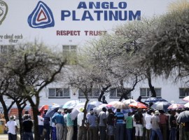 Platinum mines plot mass retrenchments