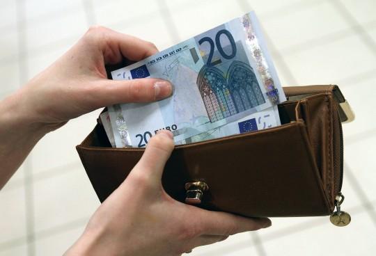 NODERĪGI Aprēķini, kāda būs tava alga pēc plānotās nodokļu reformas